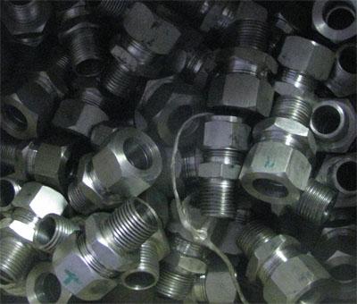 стальные фитинги, накидные гайки, нержавеющие фитинги, изготовление фитингов